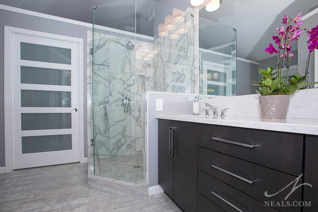 A sophisticated contemporary bath remodel in Loveland, Ohio.