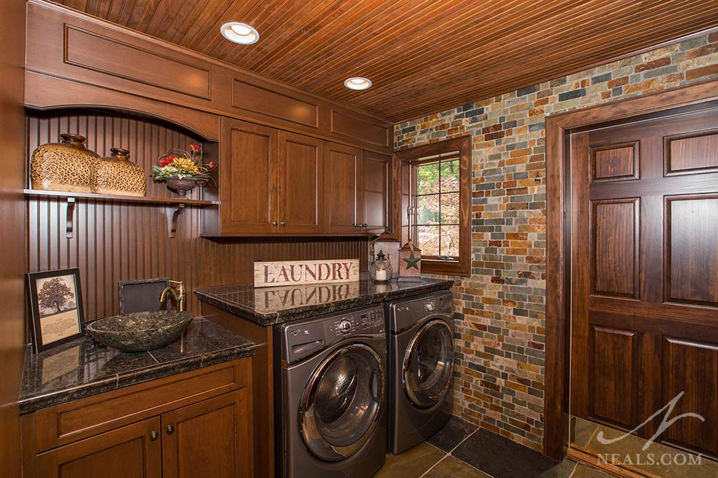 Traditional Laundry remodel in Glendale, OH