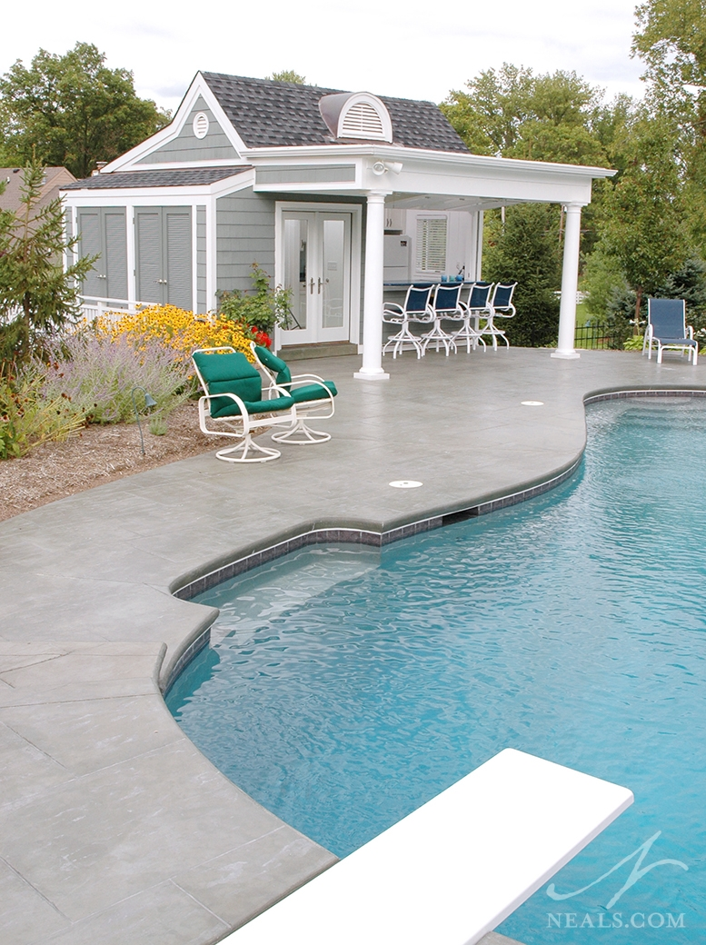 Nantucket inspired pool house mt washington oh for Small pool house with bathroom