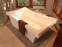 Free-Standing Soaker Tub