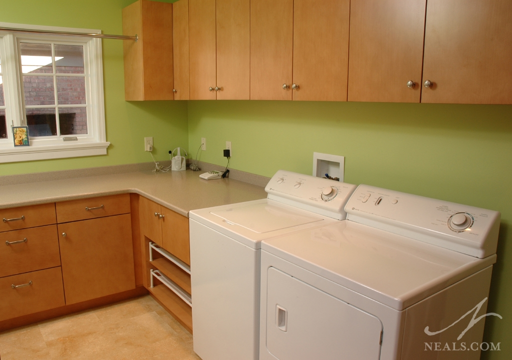 A spacious laundry room in Western Hills, Ohio.