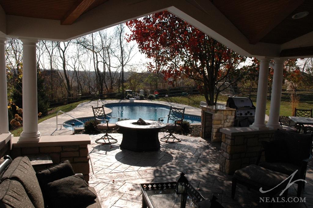 An outdoor living room in Montgomery, Ohio.