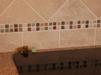 Glass tile backsplash detail