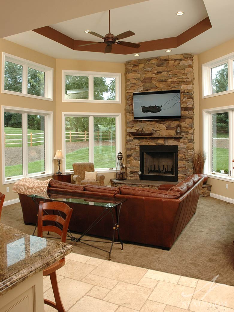 Sunroom fireplace for Sunroom with fireplace designs
