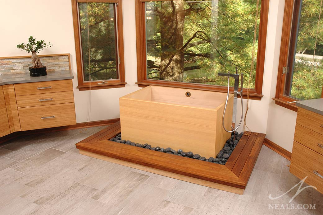 A Japanese modern bath in Sycamore Township, Ohio.
